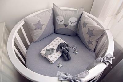 Eine runde Babywiege